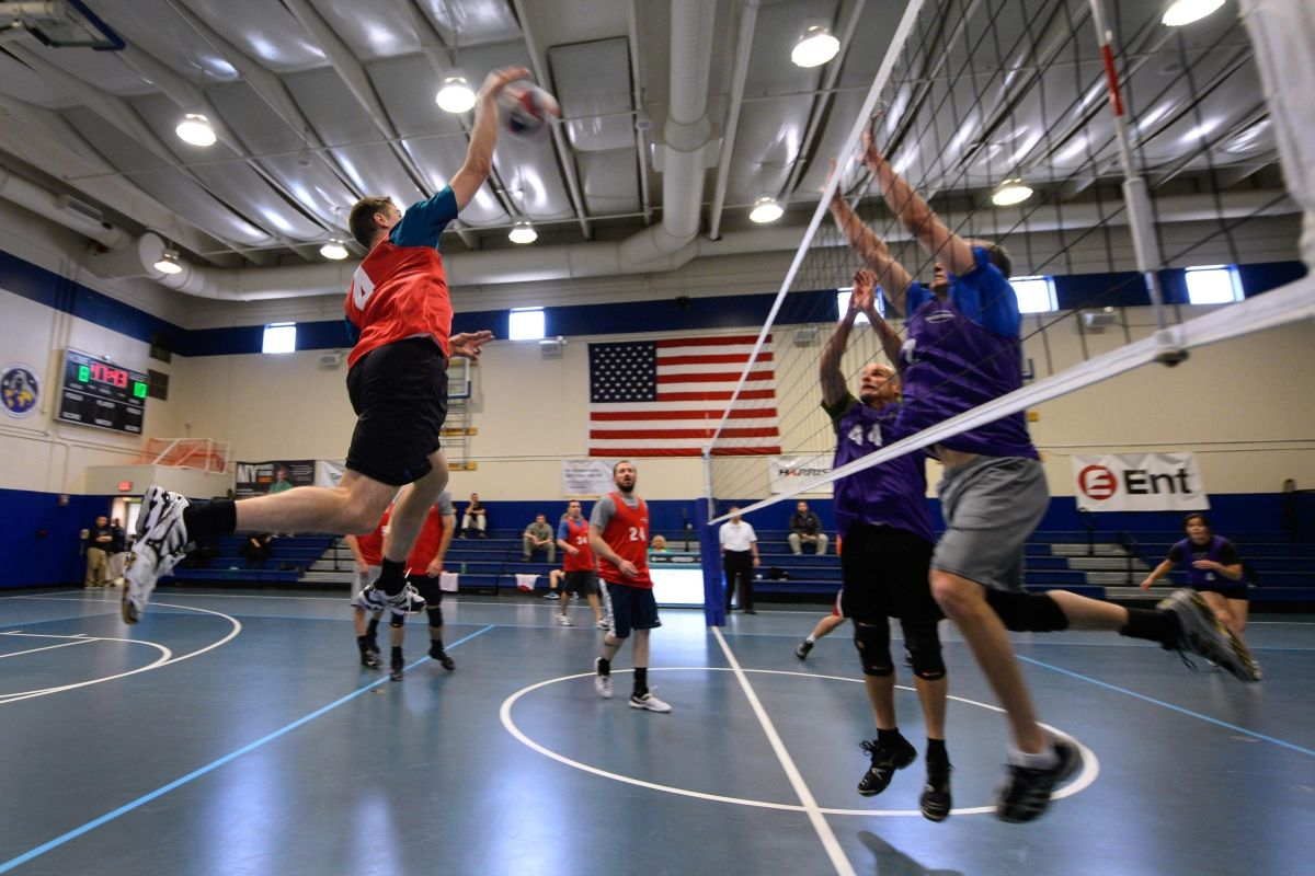 How To Jump Higher In Volleyball Games Volleyball Jump Training Exercises Tailored For Volleyball Athletes To Increas In 2020 Plyometric Workout High Jump Plyometrics
