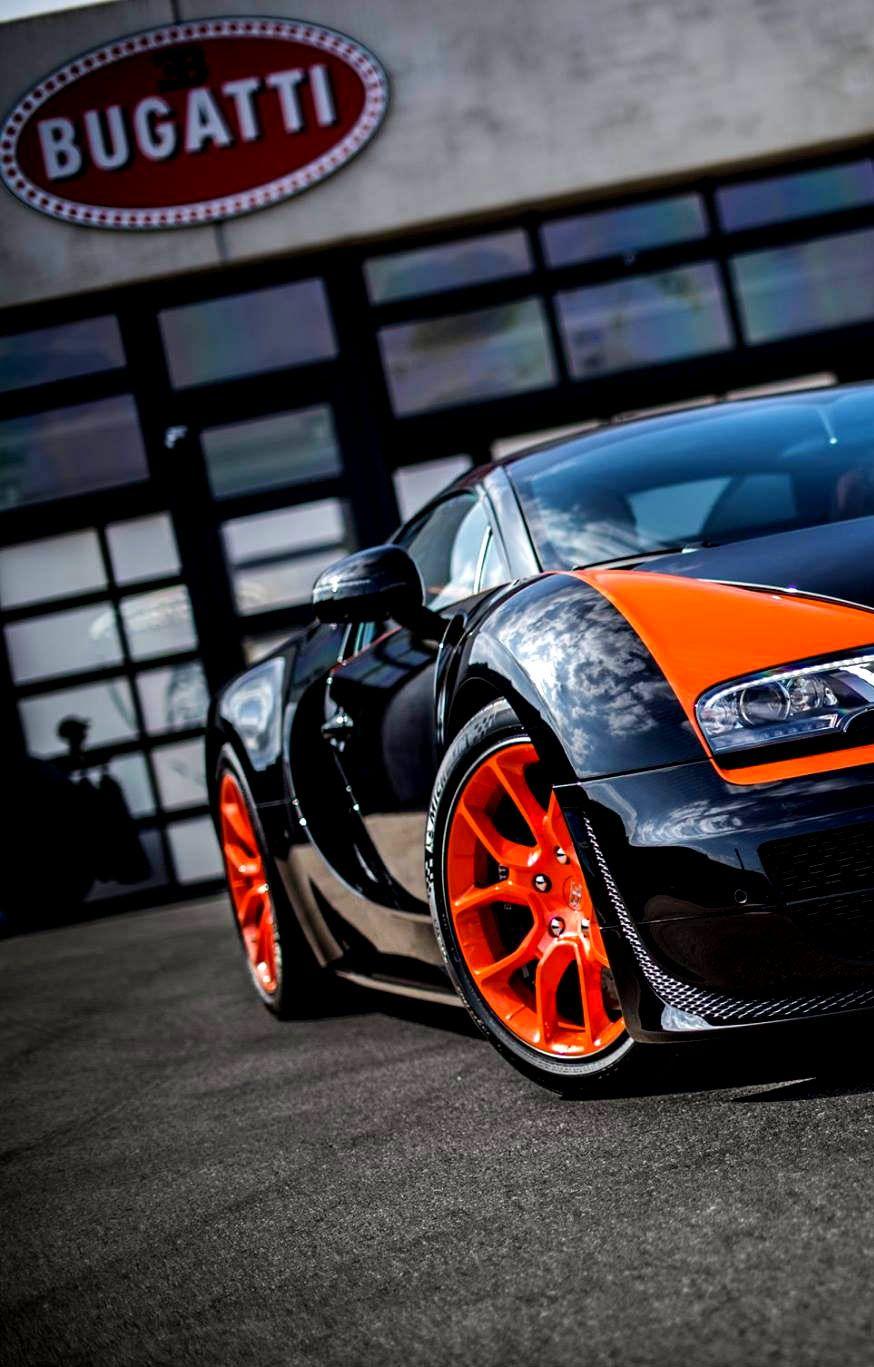 2013 Bugatti Veyron 16.4 Grand Sport Vitesse World Record Car Edition