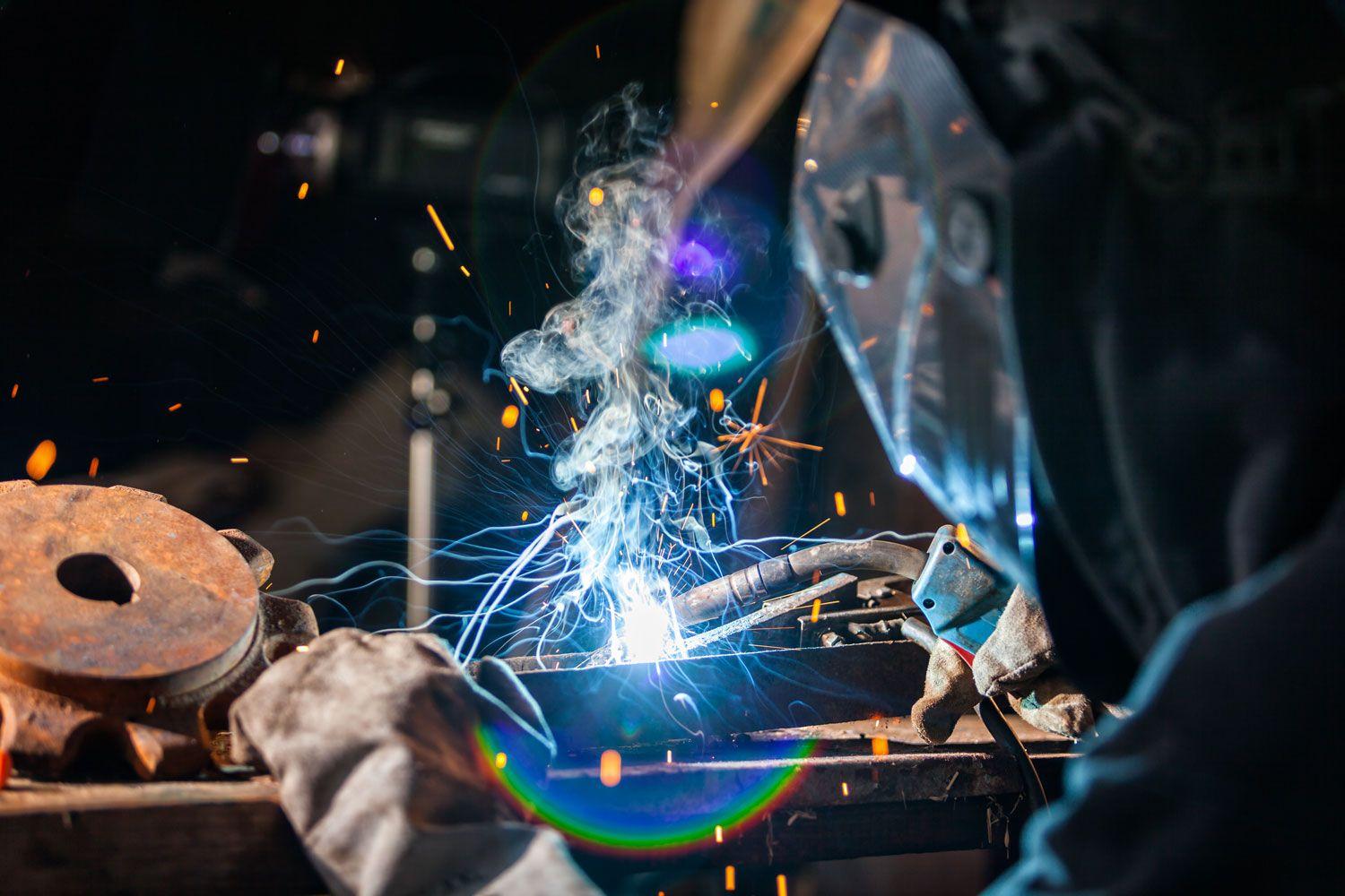 Welding is one of the most important steps in steel production, and prior to discussing it, it is important to have a clear understanding of its meaning. | inoxstyle.com