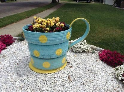 Make Your Neighbors Giggle With These 16 Planter Ideas
