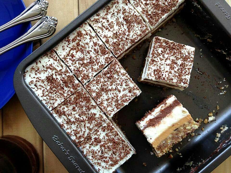 Prăjitura-minune! E delicioasă și NU conține zahăr, făină sau lactate