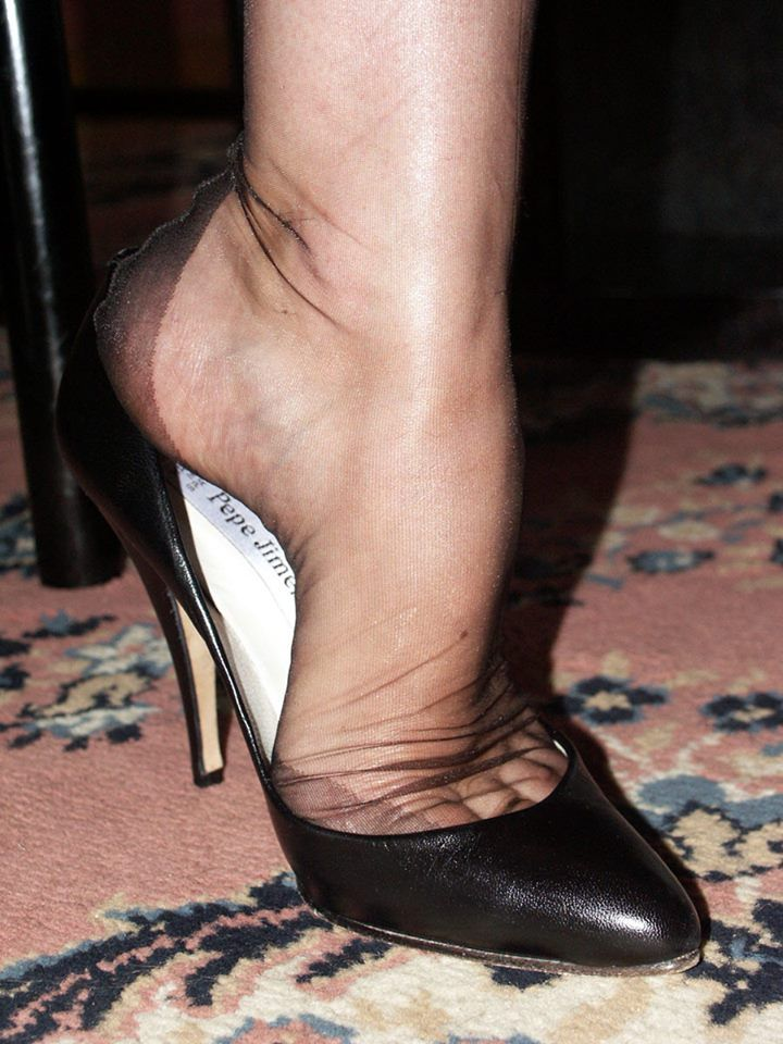 Classic Teen Feet 82
