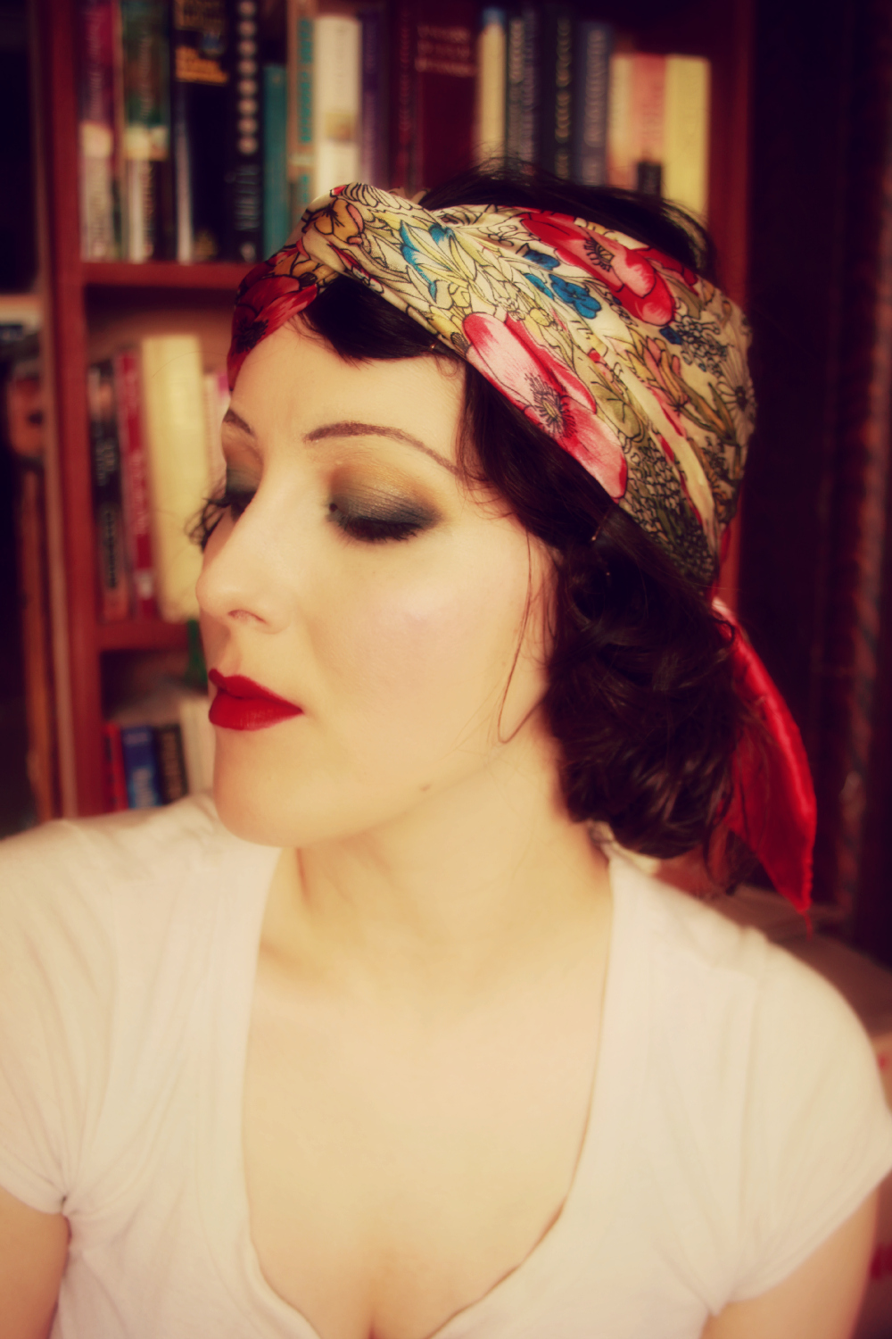 How to: Authentic 1920's Flapper Makeup - TheEyreEffect ...