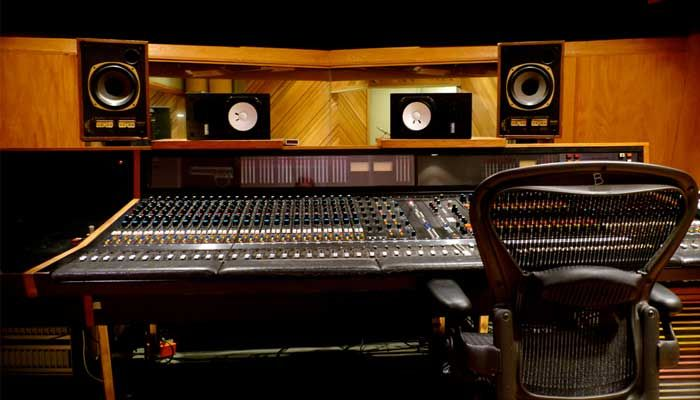 Incredible Adr Digital Recording Studio B 2 700400 Control Surfaces Largest Home Design Picture Inspirations Pitcheantrous