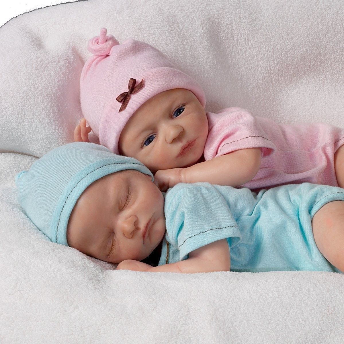 ashton drake Google Search Baby doll set, Baby dolls