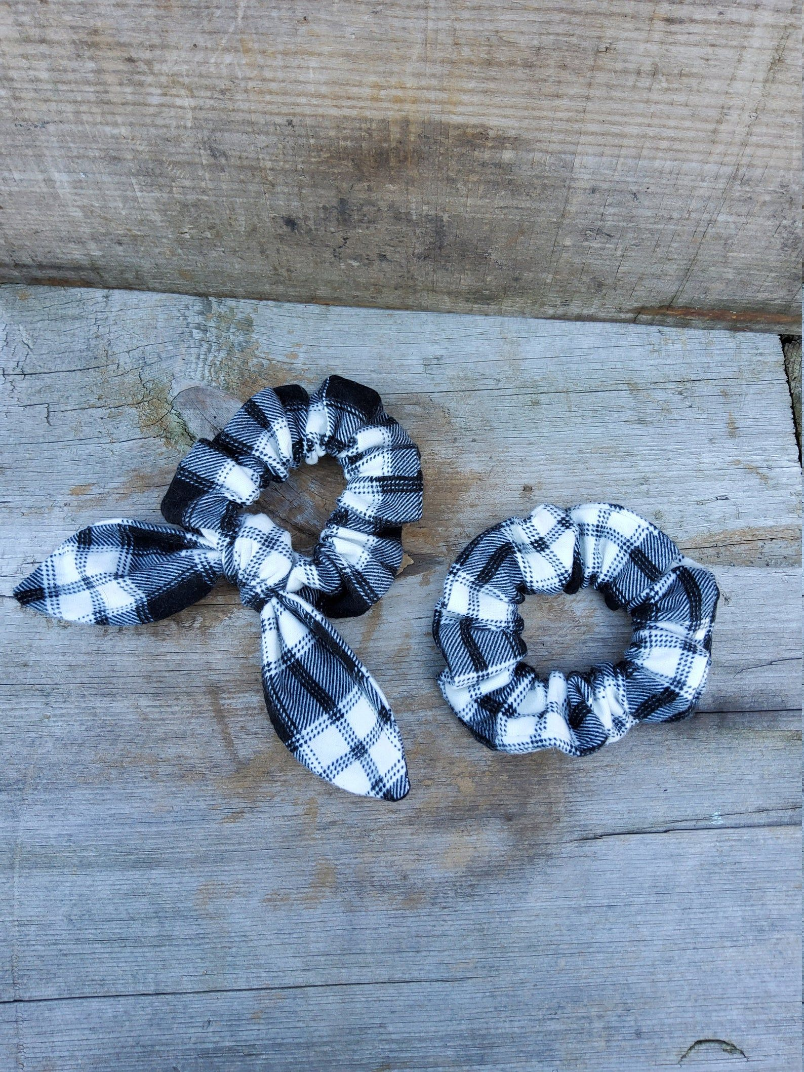 Black and White Plaid Hair Scrunchie Bow Scrunchies Hair Scrunchy Top Knot Hair Tie Gentle Hair Elastic Hair Accessory Handmade #hairscrunchie