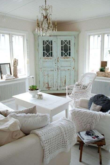 Idee per arredare un soggiorno in stile shabby chic - Shabby chic ...