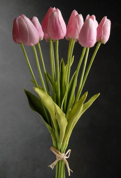 17 00 Sale Price Bring The Soft Romantic Feel Of Spring To Your Floral Displays With The Pink Artificial Pink Tulips Bouquet Pink Rose Bouquet Tulip Bouquet