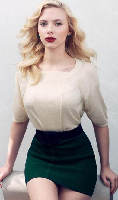 Scarlett johansson bust
