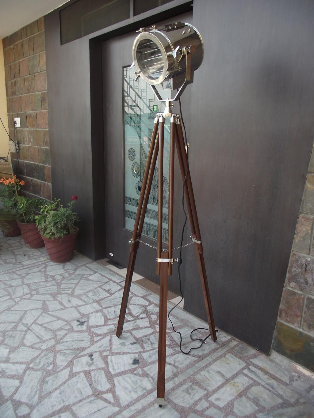 BEAUTIFUL TRIPOD FLOOR LAMP NAUTICAL ADJUSTABLE TRIPOD WOODEN STAND