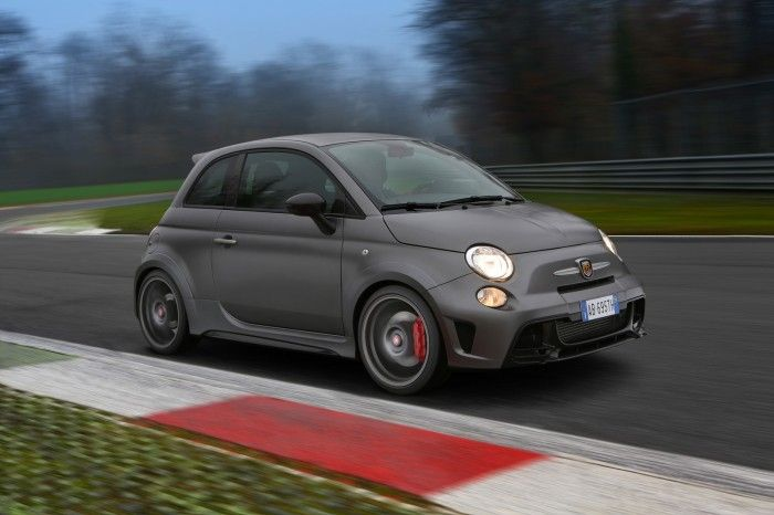 Abarth 695 Biposto, the fastest street-legal Abarth in history ... on fiat bravo, fiat seicento, fiat abarth gray, fiat sport, original fiat abarth, fiat 500l, fiat abarth custom, fiat 500c, fiat spider, fiat watercraft, fiat scorpion, fiat punto, fiat 500e, fiat cooper, fiat cabriolet, fiat panda,