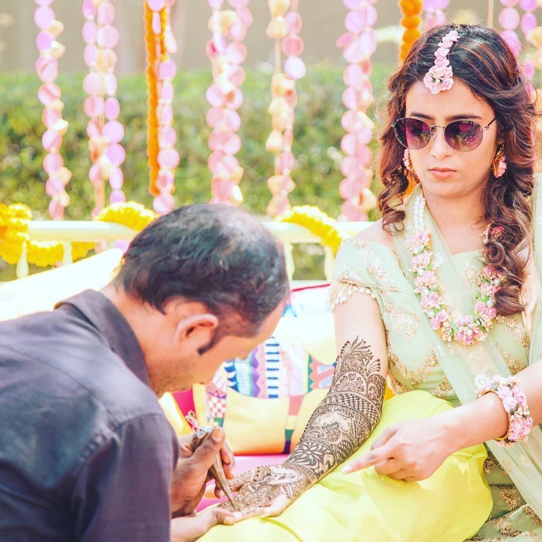 @infocrafting_dreams MEHENDI LOVE ♥️ Mehendi is an Emotion, a feeling that graces the Bride !! Assure her the journey to forever love!! Mehendi ceremony of A& A . . . . . . #craftingdreamswedding #mehndidesign  #hennafun #artist #hennainspiration #bridetobe #love #hennapengantin #hennapernikahan #indianbride #mehendiart #naturalhenna #bridalmehendi #mehendidecor #hennalookbook #hennamurah #mehendinight #tattoo #tattoos #desistyle #allthingsbridal #allthingswedding #lehenga #weddings #weddingstyl