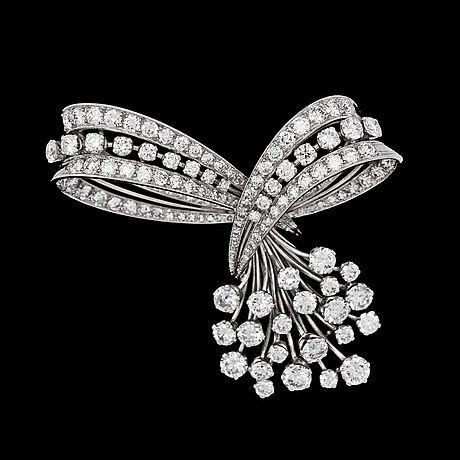 broche, WA Bolin, diamantes talla brillante, tot. aproximadamente 04:50 CT. Estocolmo 1957.