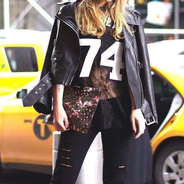 @Laura Torres showing off her day 3 #MBFWStreetStyle at #Mercedes #Benz Fashion Week.  #mbfw