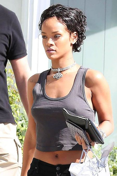 Best 15 Rihanna Short Haircuts 2019 Guide Celebrity