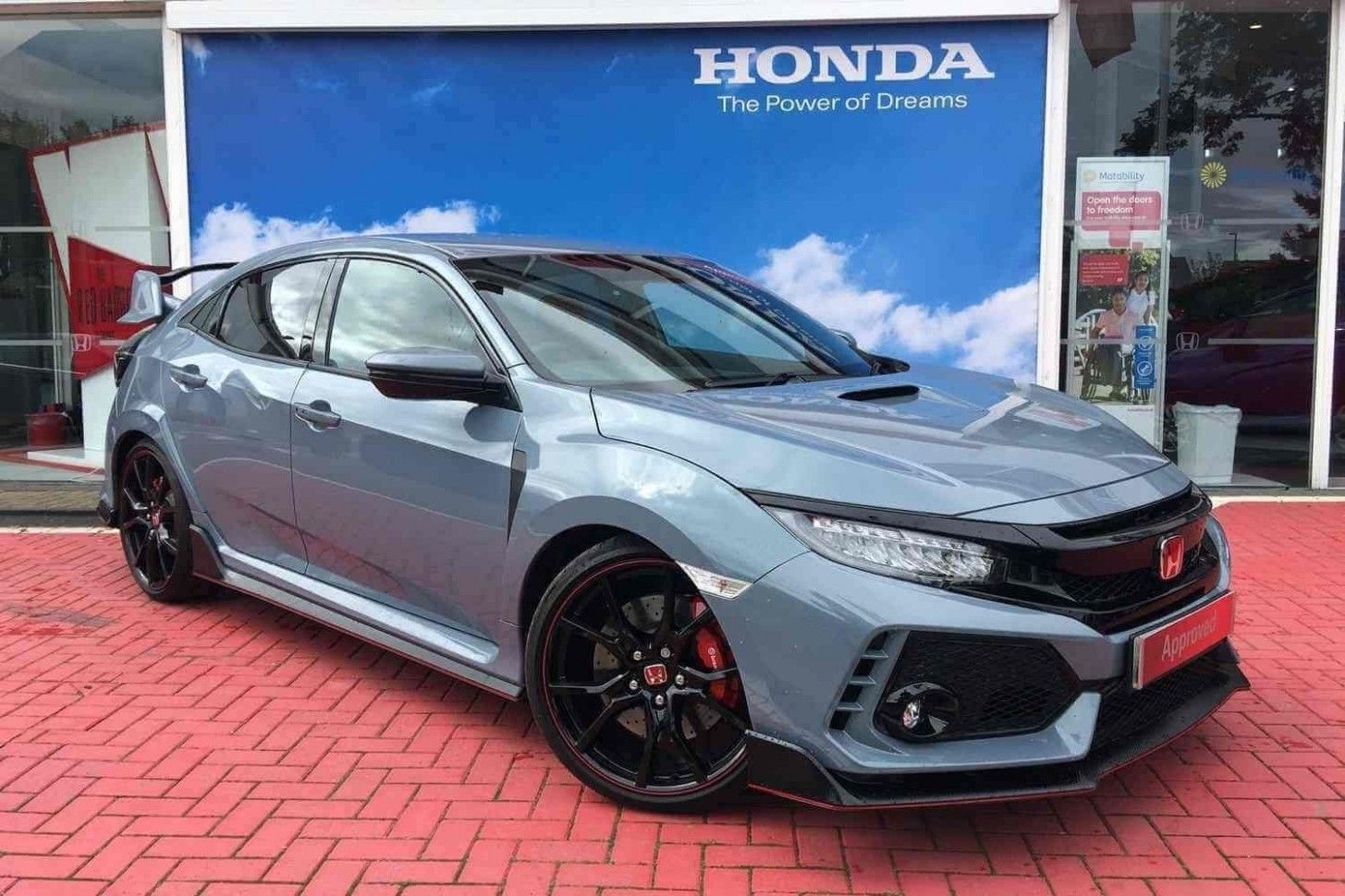 10 Small But Important Things To Observe In 2021 Honda Civic Type R Design Coupe Honda Civic Sedan
