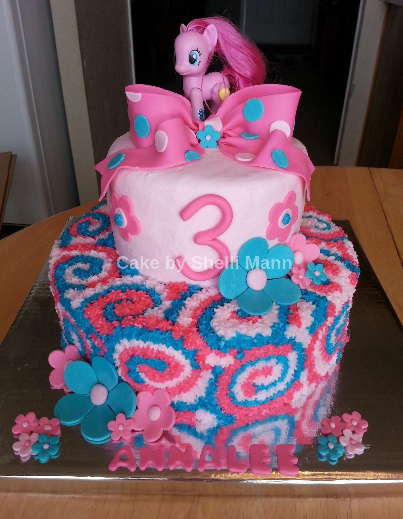 My little pony cake Buttercream icing with fondant bow and