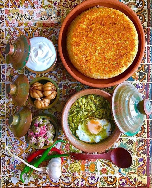 Polo and tahdig - Baghali ghatogh - zeytoun parvarde- pickled garlic - yogurt