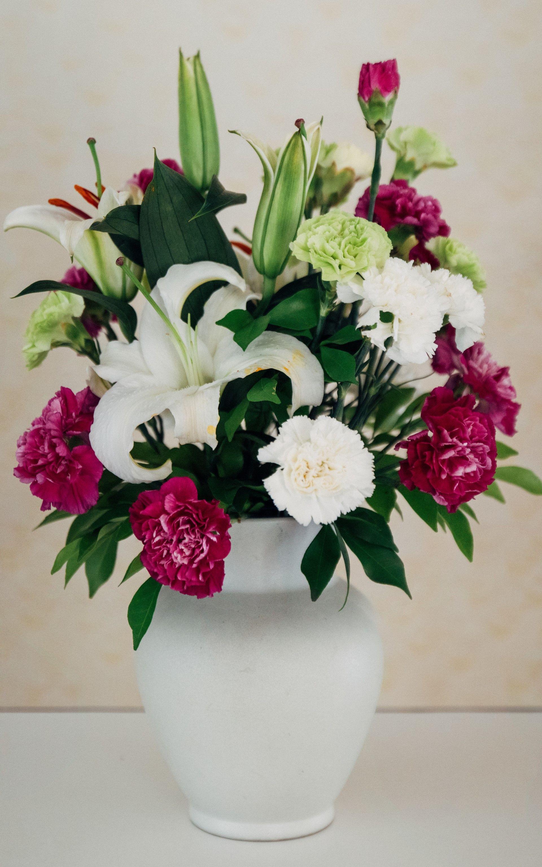 Chrysanthemum flower arrangements simple easter flower