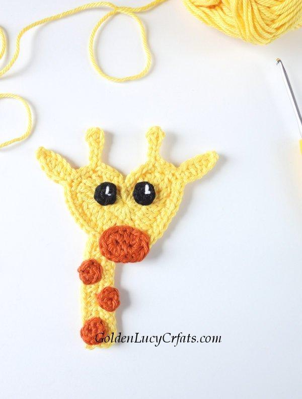 Crochet Giraffe Applique, Free Crochet Pattern #crochetgiraffepattern