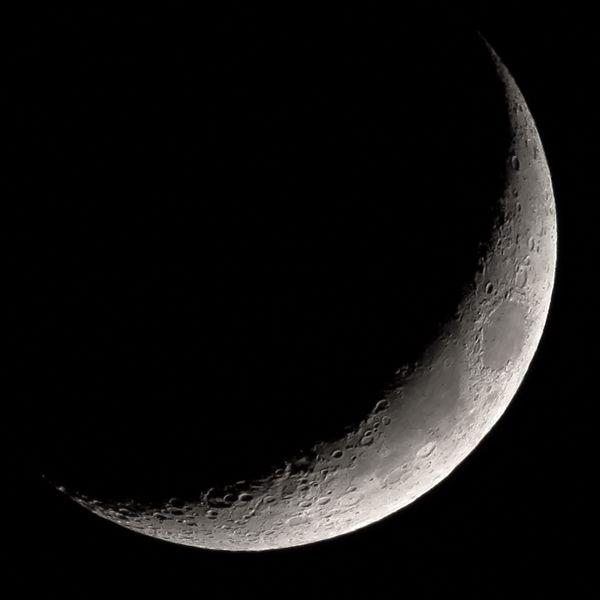 Crescent Moon Waxing Crescent Moon Crescent Moon Moon Crescent