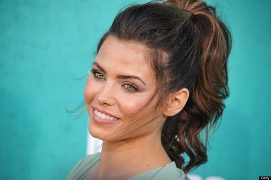 Marvelous Messy Ponytails to Try