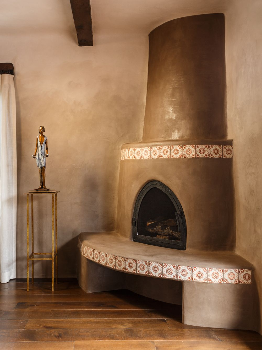 Kiva Fireplace James Pearson Artist American Clay Plaster | Chandler ...