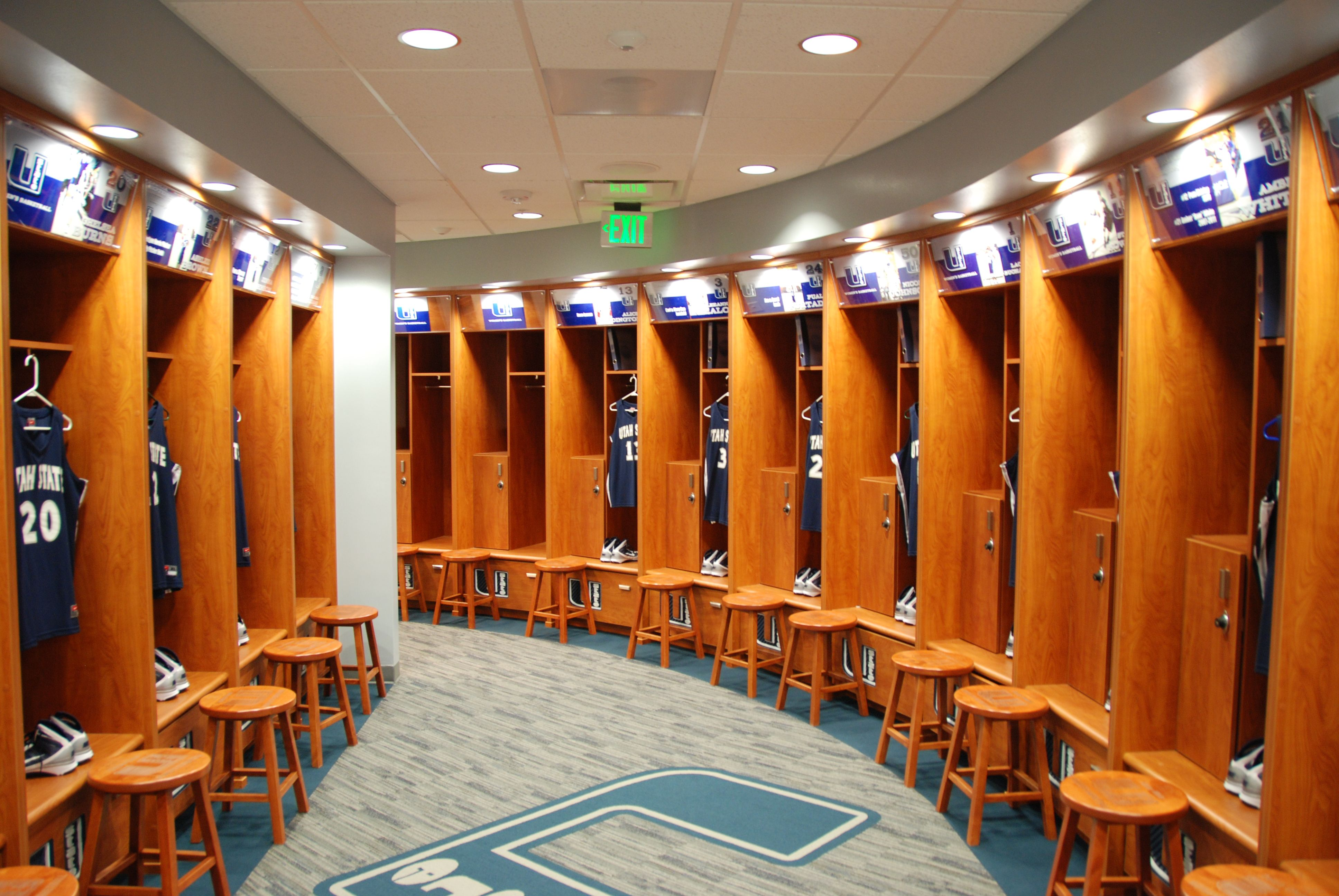 Utah State University Women S Basketball Locker Room Volleyball Room Locker Room Indoor Gym