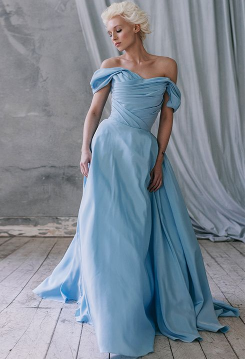 Pin by Anna on wd   Pinterest   Royal dresses, Alternative wedding ...