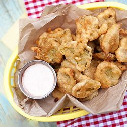 Fried Pickles with Spicy Ranch Dip