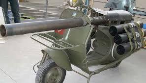 vespa anticarro per paracadutisti francesi    anni '50