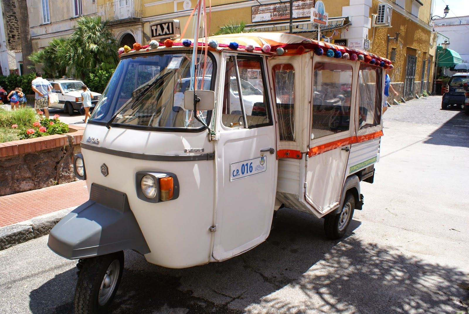 Italy's minicabs or taxi piccolo
