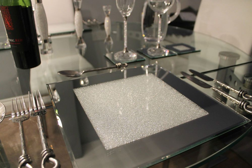 New Set Of Four Mirrored Placemats With Swarovski Crystals Dining