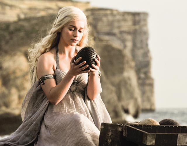 Daenerys' dragon eggs, gifted to her by Illyrio Mopatis.,