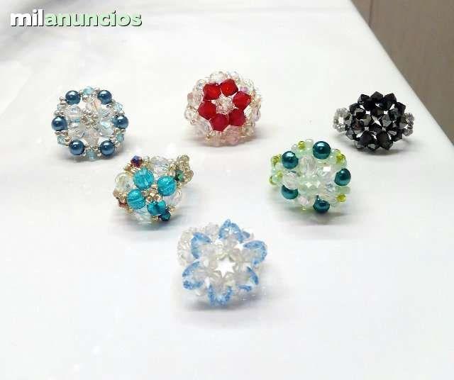 68b9ff6051f5 vendo anillos hechos a mano de cristal checo y cristales de ...