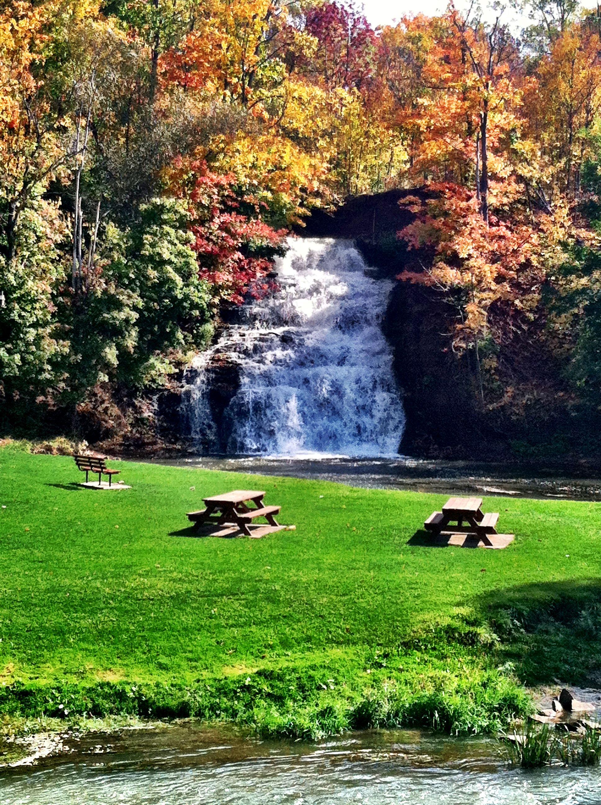 Holley Ny Falls Autumn Upstate Ny Travel New York Vacation Autumn Scenery