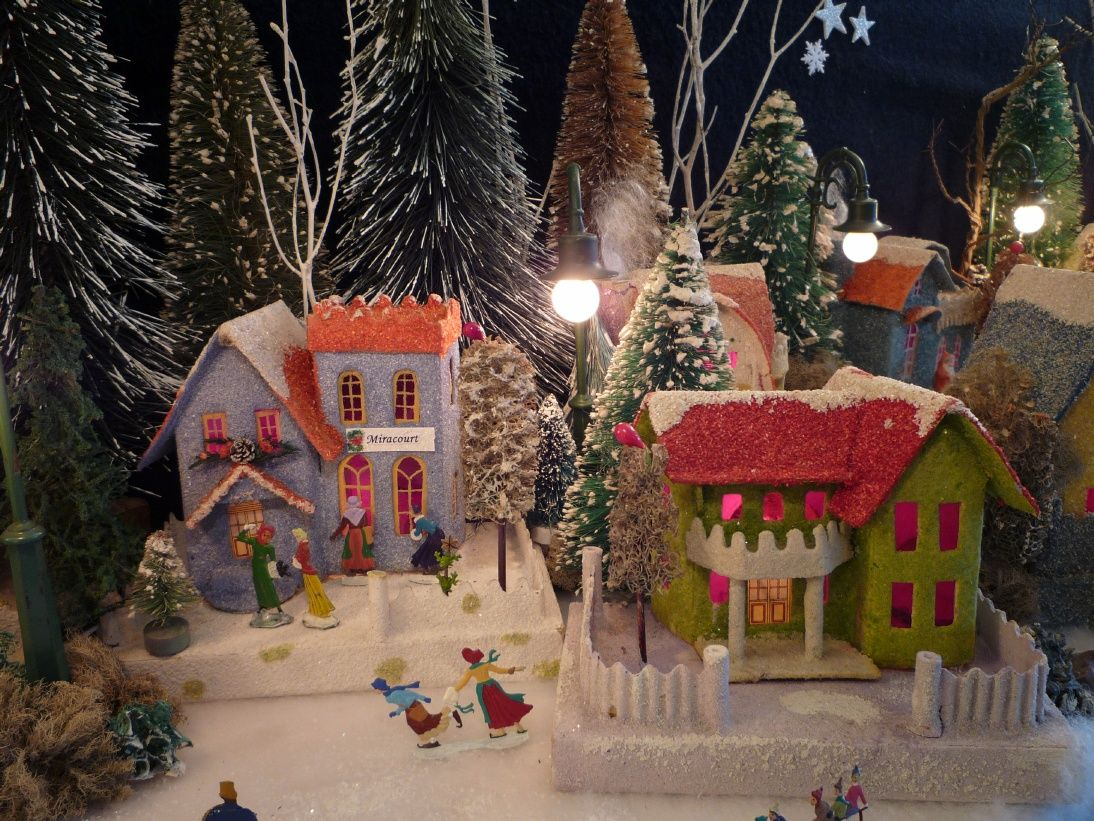 Welcome To Antoinette Stockenberg S Christmas House Page Antique Christmas Decorations Christmas Crafts Diy Christmas Ornaments