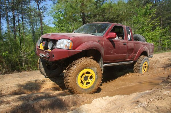 High Riding 2001 Nissan Frontier On Portal Axles Nissan Frontier Nissan Portal Axles