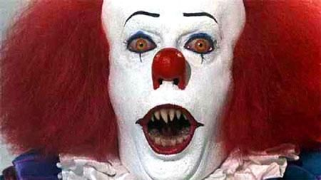 Im a little late, but i actually just heard about a remake of @StephenKing IT. This was my reaction...