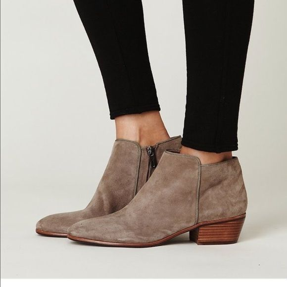 Sam Edelman suede petty Bootie taupe tan In Euc. For exact details Google  please.