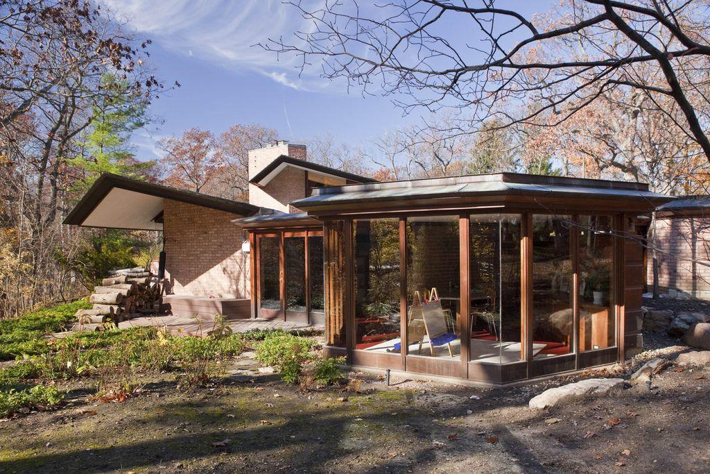 Charles Glore House Studio And Back Yard Usonian House Frank Lloyd Wright Usonian Frank Lloyd Wright Homes