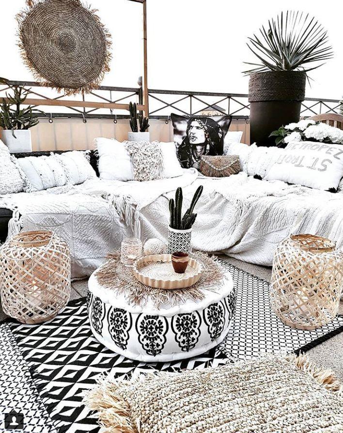 Wo beschreibe ich meine maßlose Liebe zu Claudias böhmischer Dekoration #Wohnzimmer#wohnzimmerschrank#wohnzimmermöbel#teppich