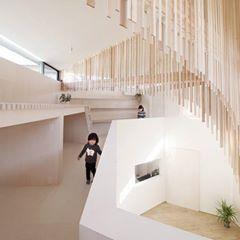 就這樣一直追逐下去也不錯的住宅:) pic via Katsutoshi Sasaki + Associates