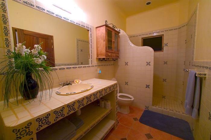 Mexican Bathroom Ideas Best 25 Spanish Style Bathrooms Ideas On