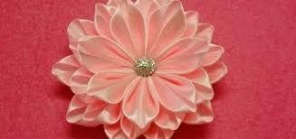 Resultado de imagen para flores de cinta