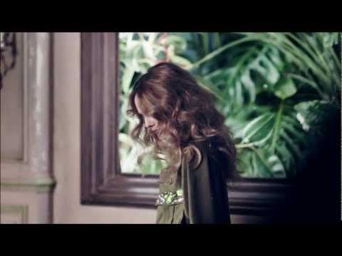 Vanessa Paradis pour H - http://www.mode-et-femme.com/vanessa-paradis-pour-hm/