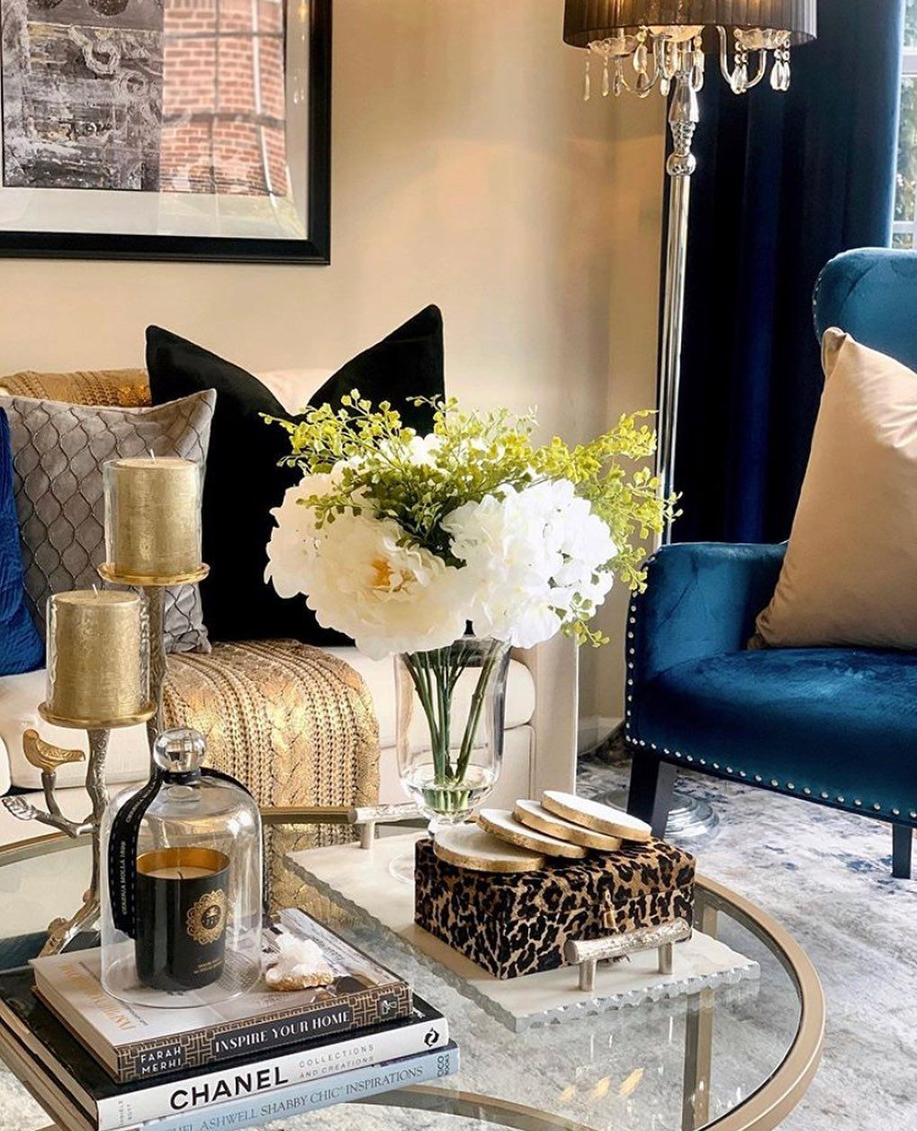 Inspire Me Home Decor On Instagram Farahjmerhi S Book Inspire Your Home Looks Perfect On Noorofmyhome S Beautifull Decor Inspire Me Home Decor Home Decor Inspire me home decor living room gif
