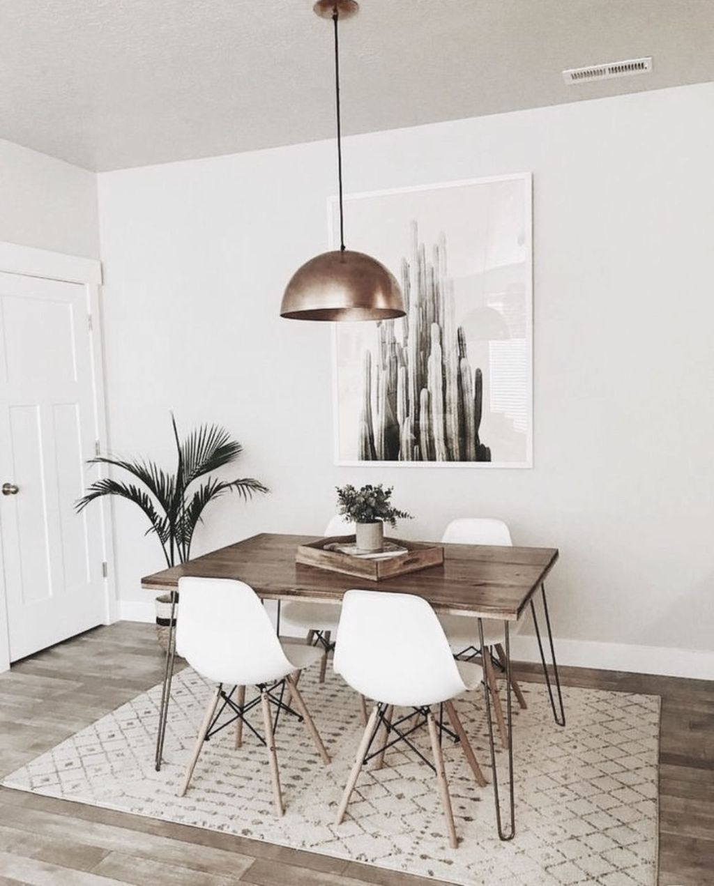 Awesome 48 Stunning Small Dining Room Design Ideas A Dining Room Is A Room For Consuming In 2020 Minimalist Dining Room Decor Dining Room Small Minimalist Dining Room