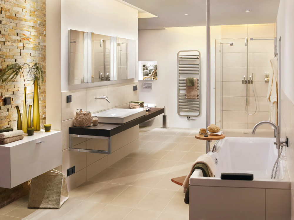 How To Keep Your Bathroom Renovation Under 10 000 Designyourbathroom Bathroomr Badezimmer Innenausstattung Modernes Badezimmerdesign Moderne Badezimmerideen