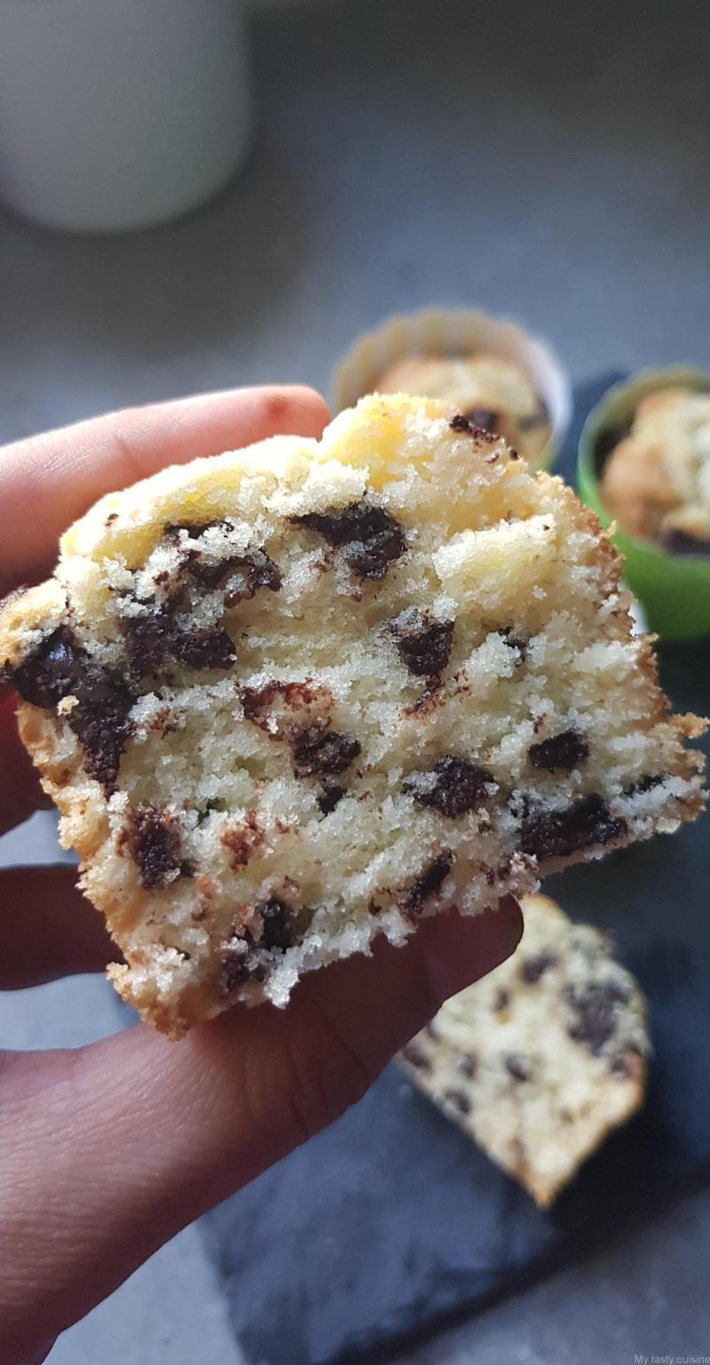 Muffins américains aux pépites de chocolat   Recette muffin, Pepite chocolat, Muffins moelleux